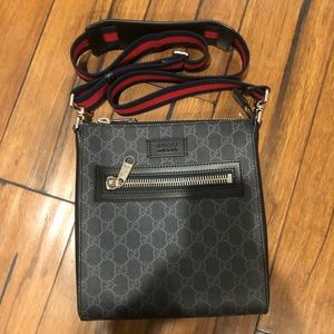 GUCCI GG black small messenger bag